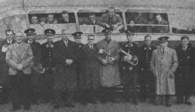 1952 - Boarding the bus for London Finals