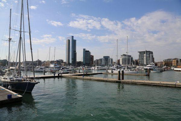 Ocean_village_marina_southampton